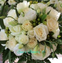 Racheal Bouquets Up Close x3 -1